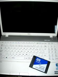 NEC LS150-FS6W 02